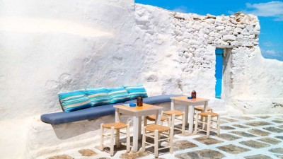 Mikonos'un davetkar villaları