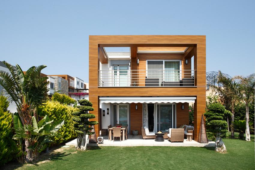 Yalıkavak'ta yalın ve doğal bir ev